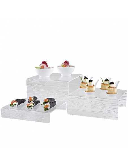 Soporte ideal para buffet con tres alturas, fabricada en metacrilato.