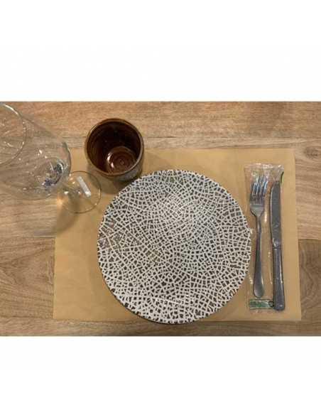 Mantel de papel color kraft para cubrir mesas de forma individual