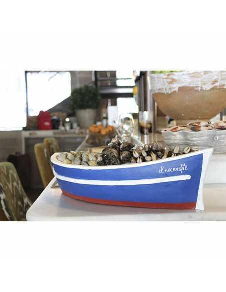 Bandeja en forma de barca para presentar pescados y mariscos