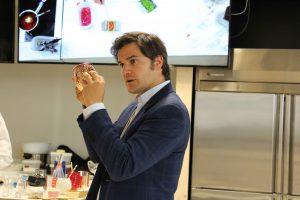 Soportes para coctel en la ponencia de David Ramos en el Basque Culinary Center
