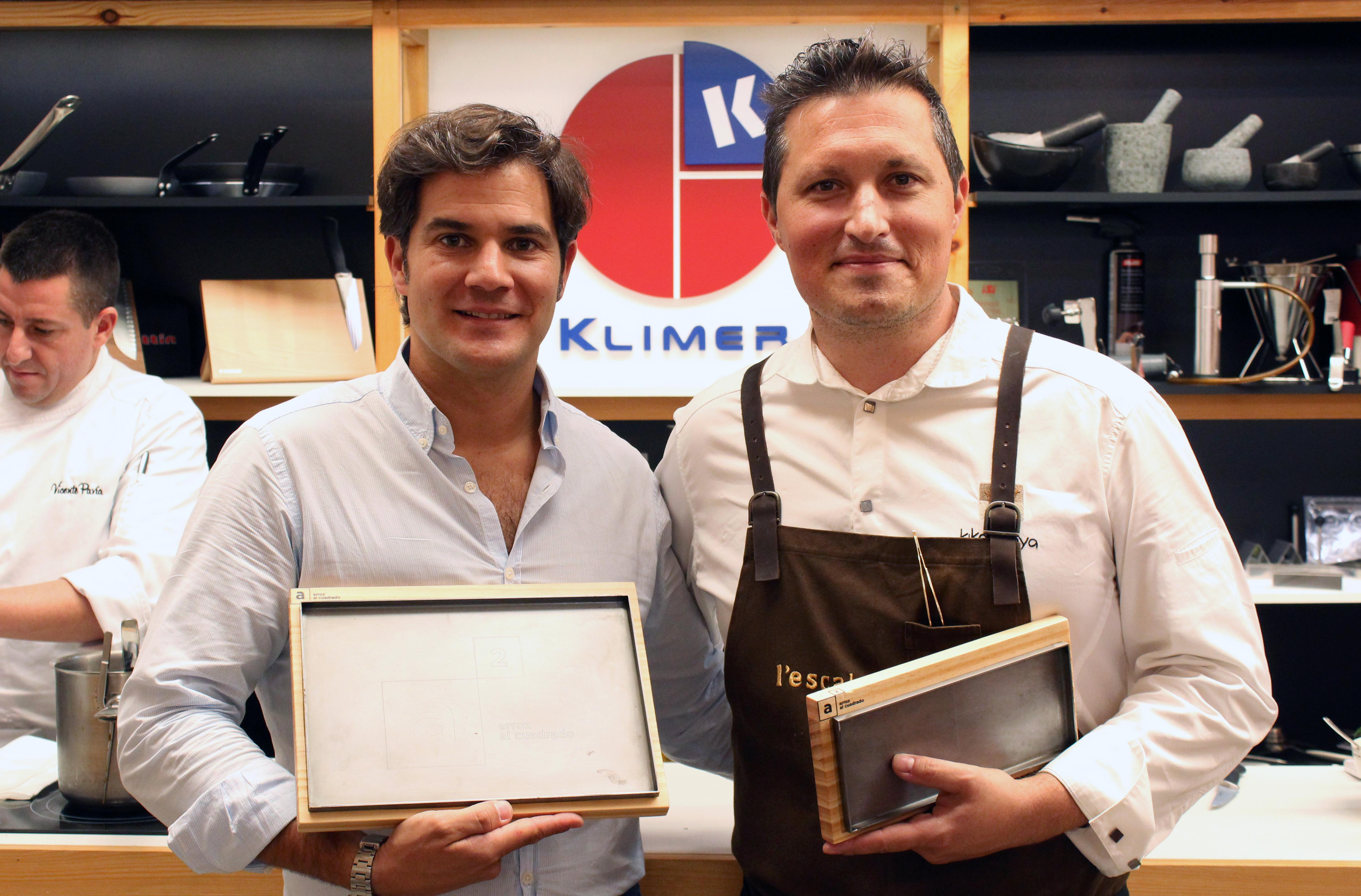 Kiko Moya y Klimer presentan las bandejas de madera y hierro
