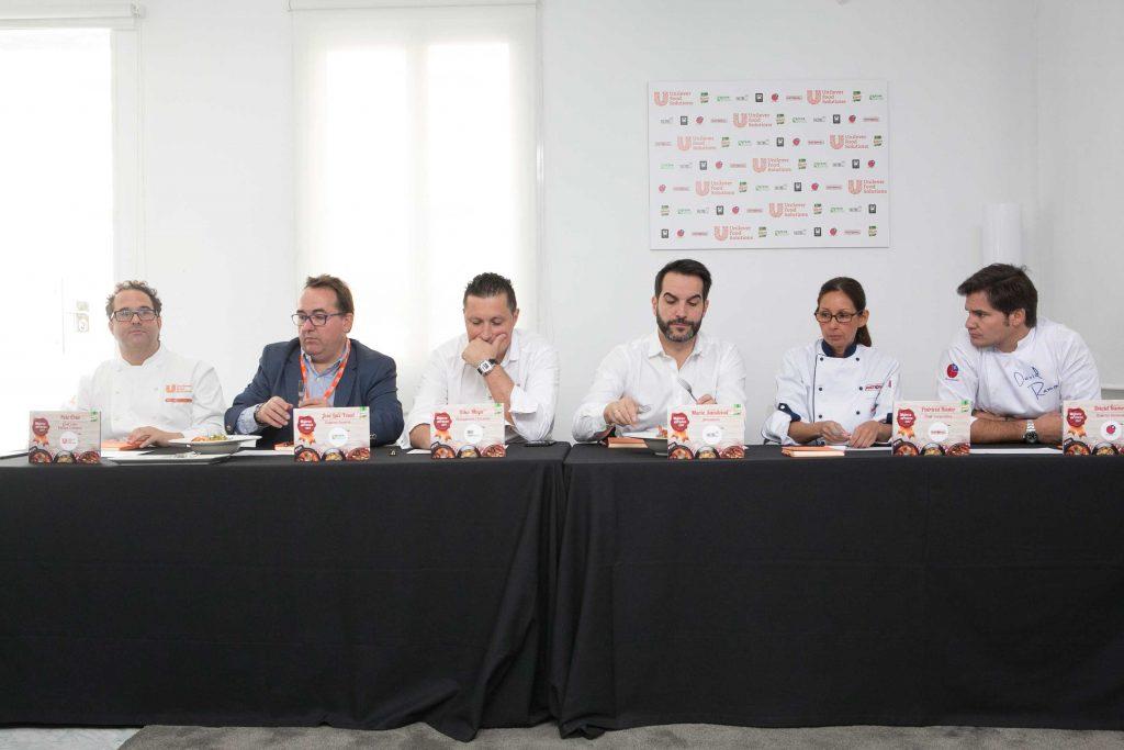 Jurado mejores arroces 2017: Mario Sandoval, Kiko Moya, Peio Cruz, David Ramos de Klimer, José Luis Yzuel (presidente de la FEHR) y Patricia Rusler (Rational