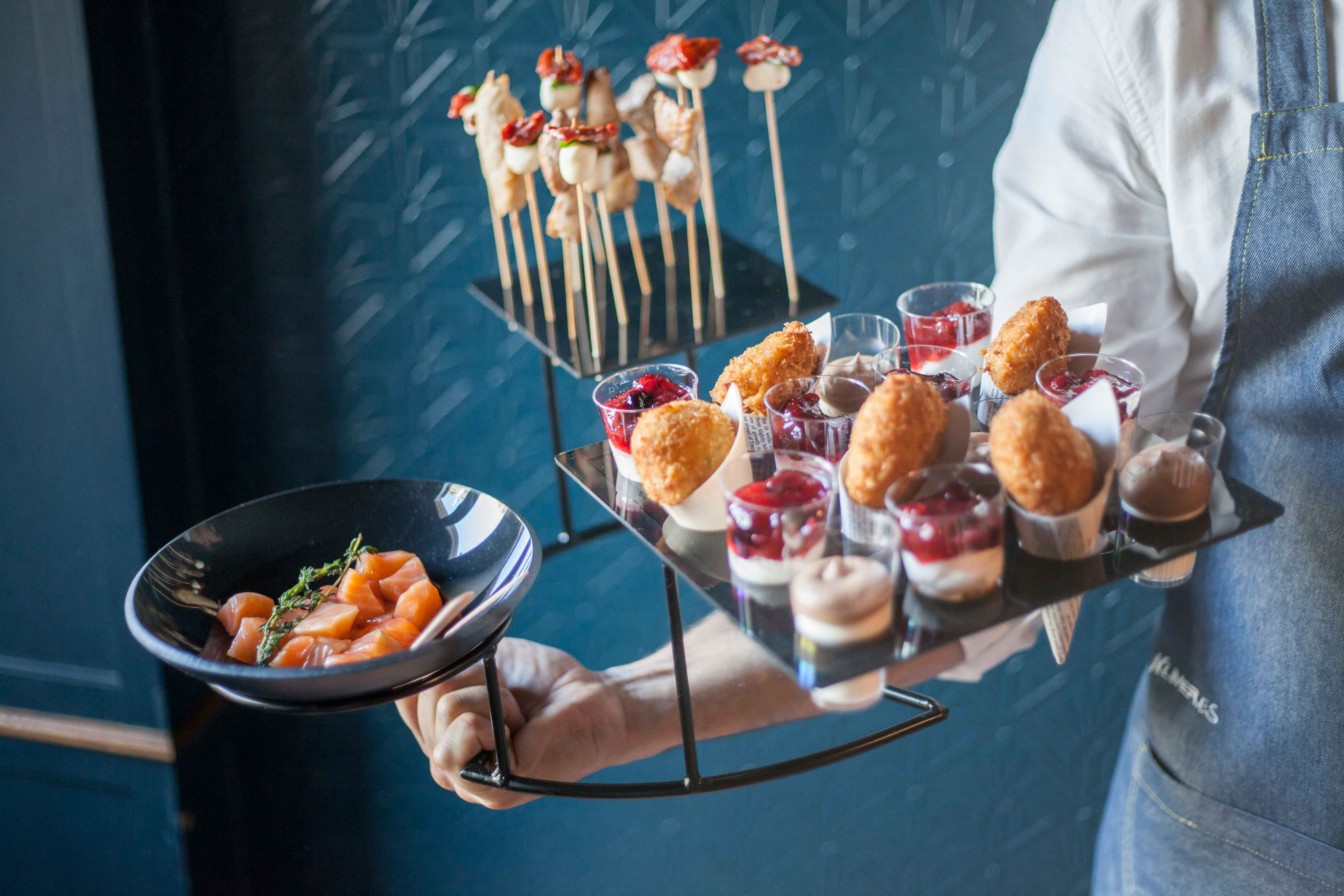 Expositor a 3 alturas para catering
