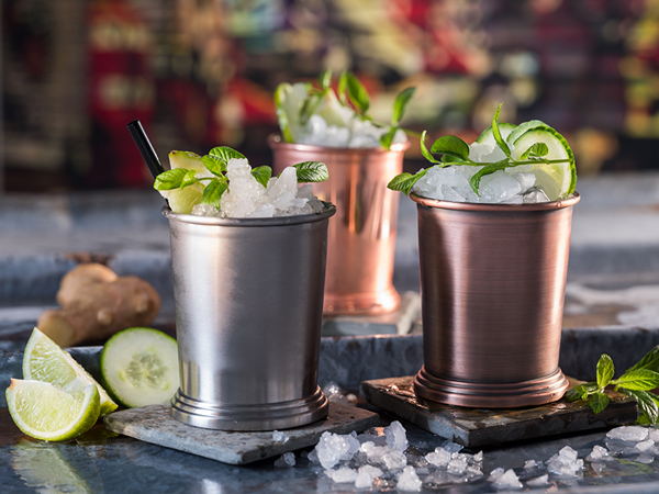 Vasos cobre y bronce mate para cocteles