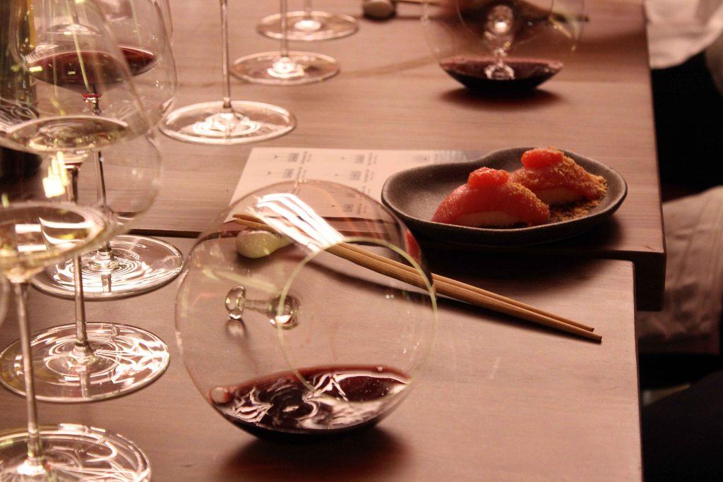 Maridaje de sushi y vinos Remirez de Ganuza en copas Zalto