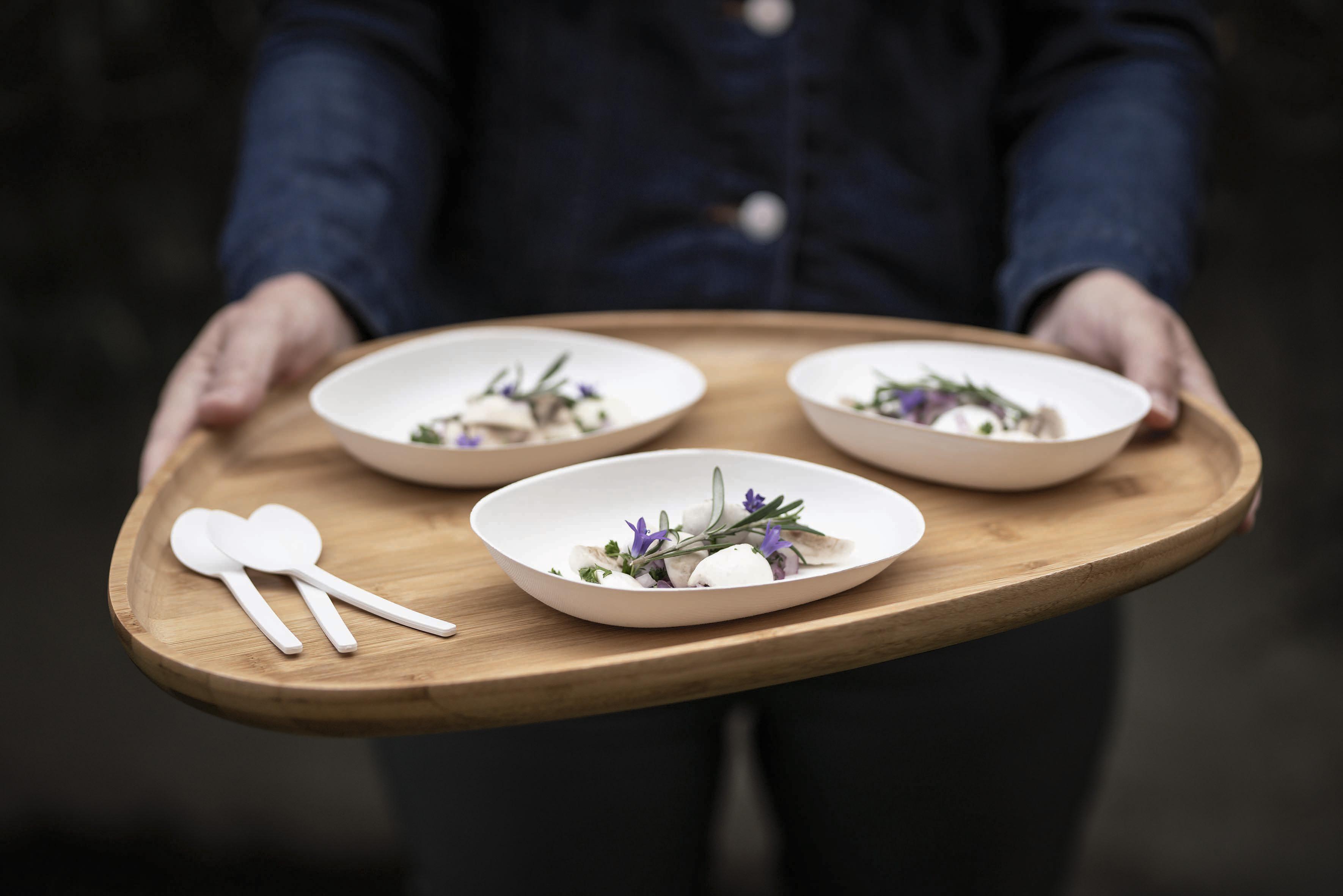 Chikio, la colección de miniaturas de diseño para catering biodegradables