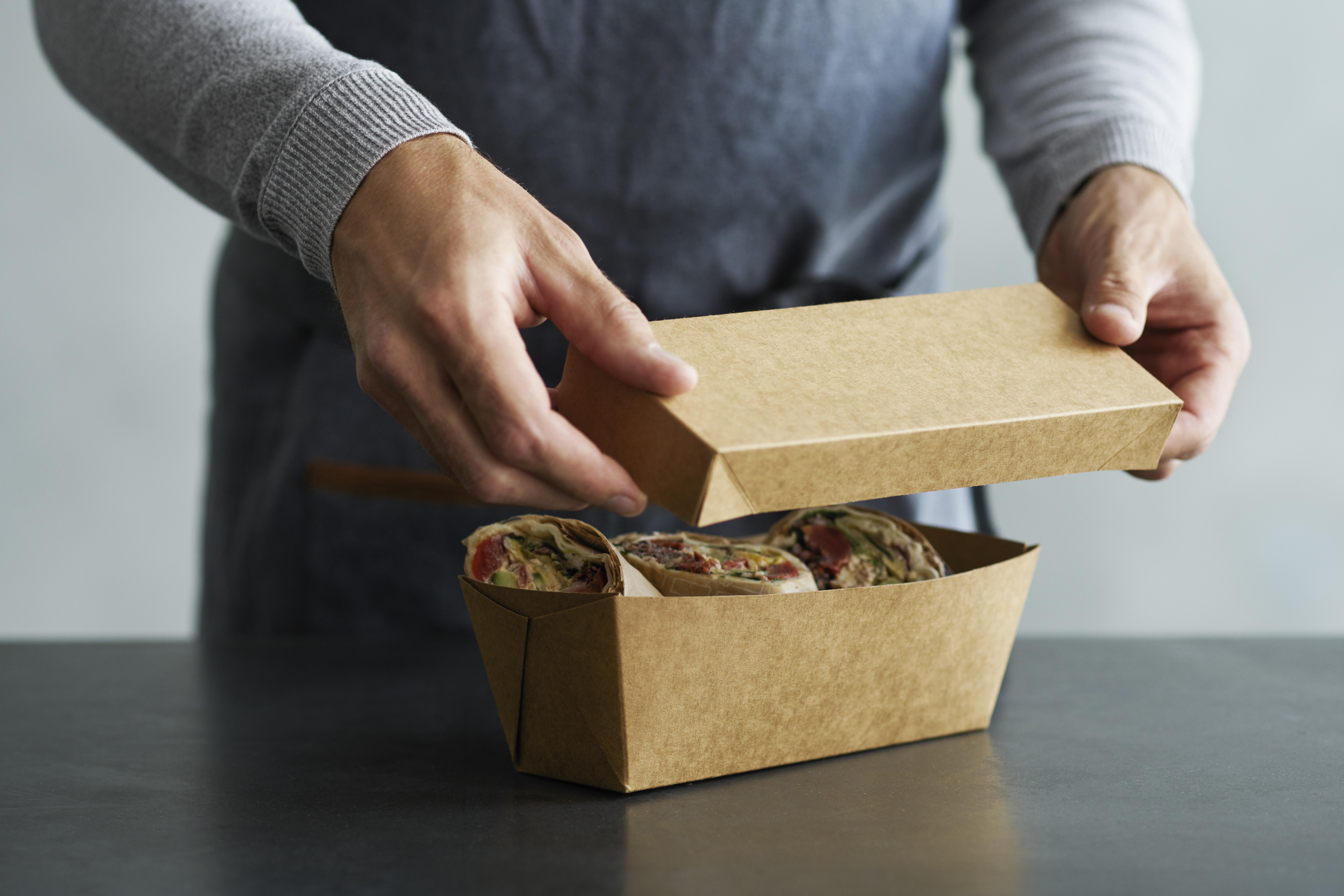 Cajas con tapa para transporte de alimentos